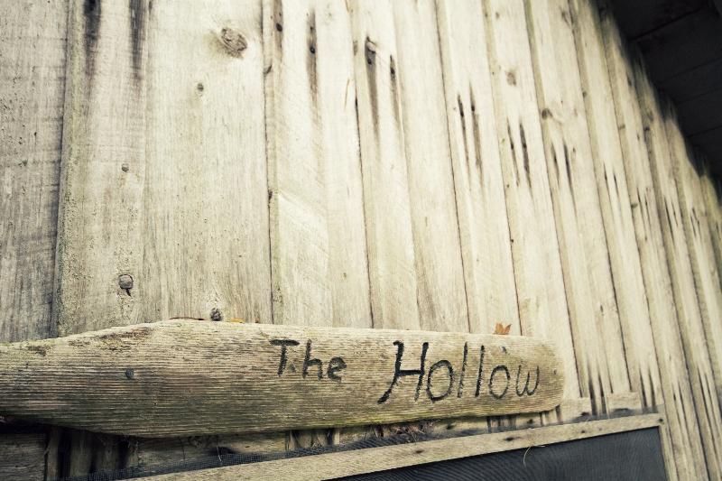 1-hollow-2012-10-15-06-21-27